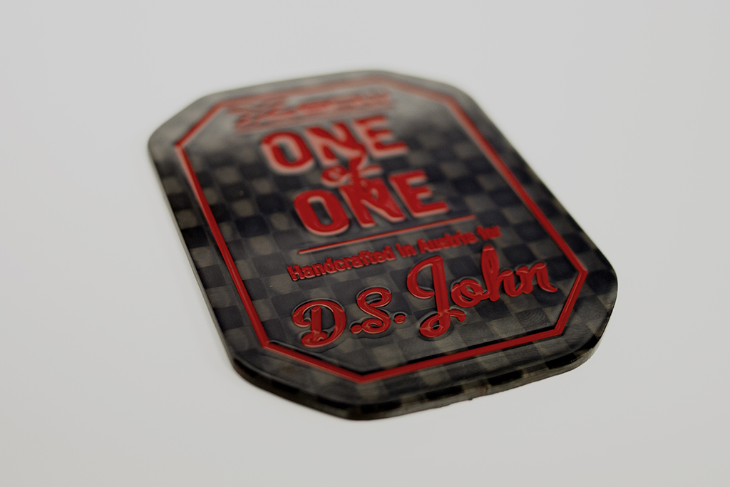 one of one_02